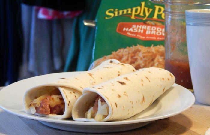 These breakfast burritos look simply amazing.