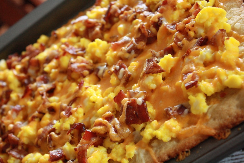 This breakfast pizza recipe is so good, even the boys loved it! I'll for sure be making this one again!