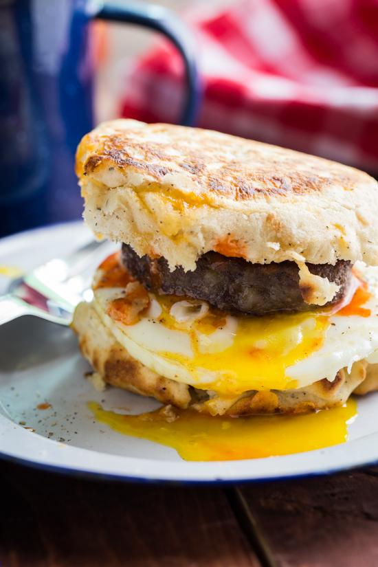 campfire-breakfast-burgers
