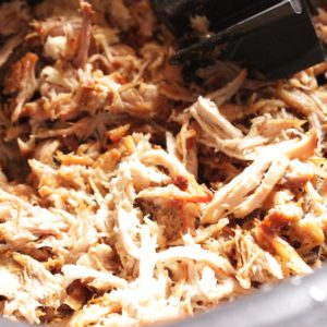 pulled-pork-in-slow-cooker