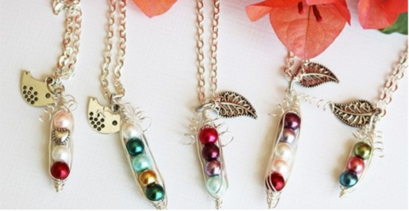 peas-in-a-pod-necklaces