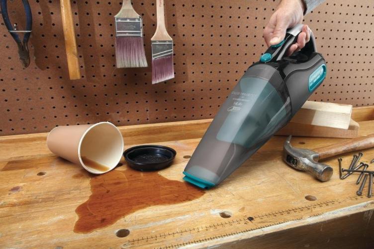 Black & Decker Dust Buster Wet/Dry Hand Vacuum