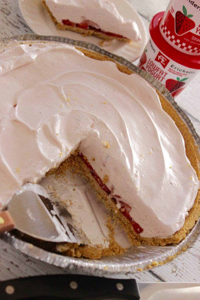 yogurt pie