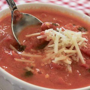 Creamy Tomato Basil Bisque Recipe