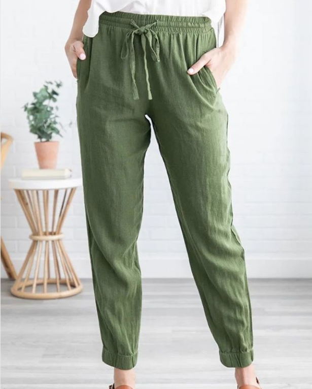 girl wearing green linen pants