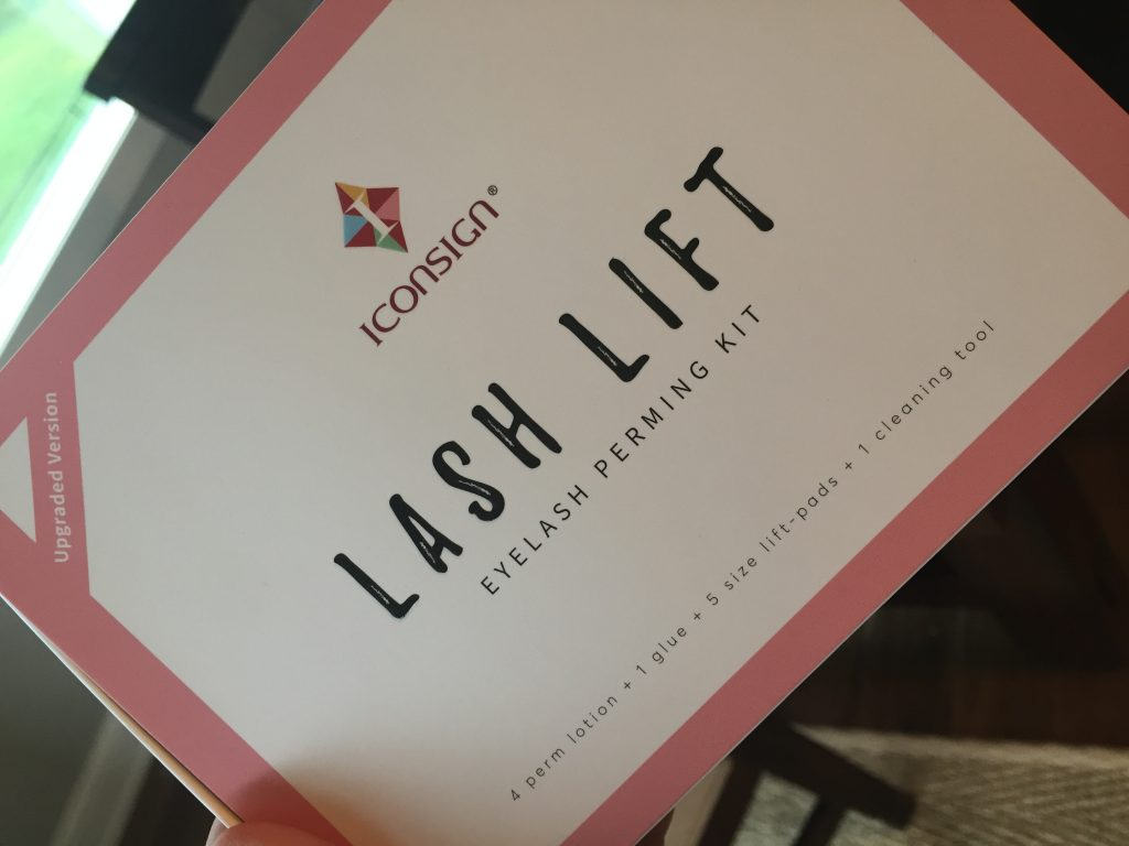 lash lifting kit front of the box